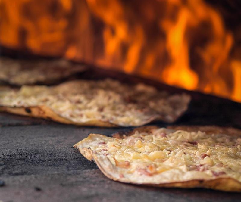 Flambee - pizza crocante francesa